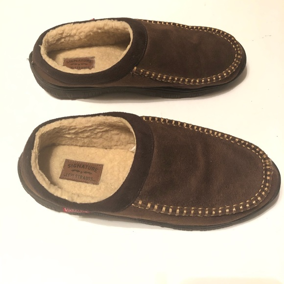Signature Levi's Men's Brown Slippers Size 10